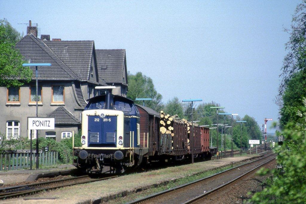http://bahnen-im-norden.de/jalbum/deutschland/ostholstein/slides/059210_212Gz_Poenitz_gr.jpg
